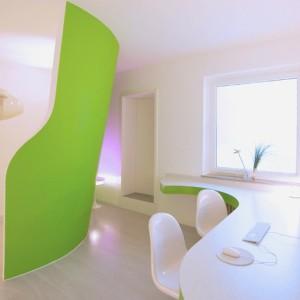 Praxiseinrichtung nach Corporate Interior. By colourform, Bielefeld